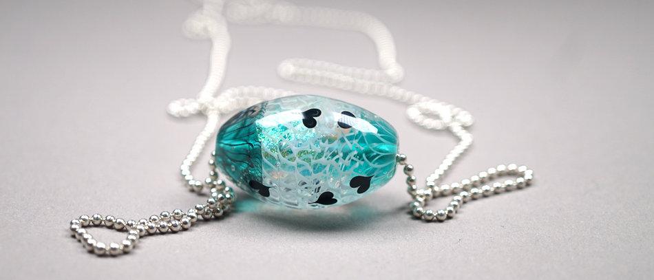 "Ovale Glasperle ""LOVE"" Kollektion | Focal glass bead"