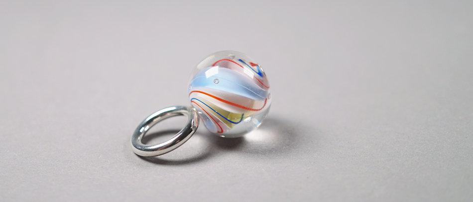 Anhänger mit Glasmurmel | Glass bead pendant