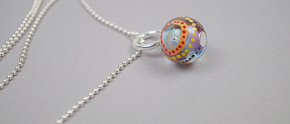 Glasperlen-Anhänger | Glass bead pendant