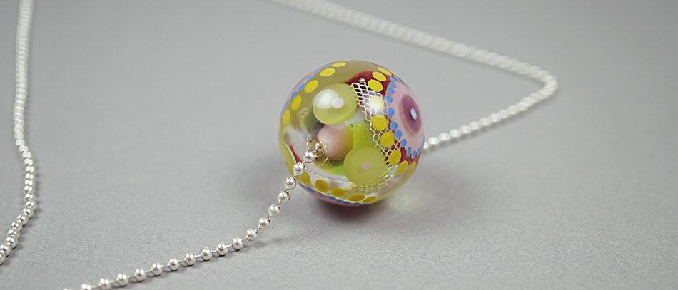 Bunte Glasperle | Colorful focal glass bead