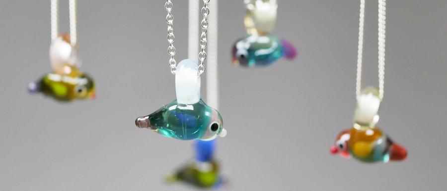 Glas Vogel   Glass bird pendant