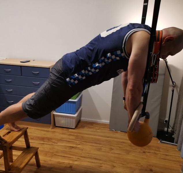 MG Gym Rings Kb push-up.jpg