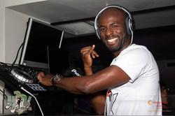 DJ SANTIANO