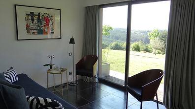 Salon avec 2 fauteuils Coste de Philippe Starck