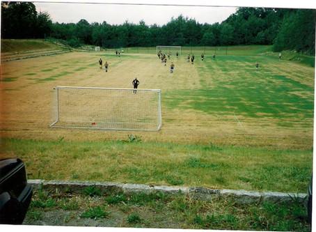 Vereinsjahr 1995   Bau Rasenplatz