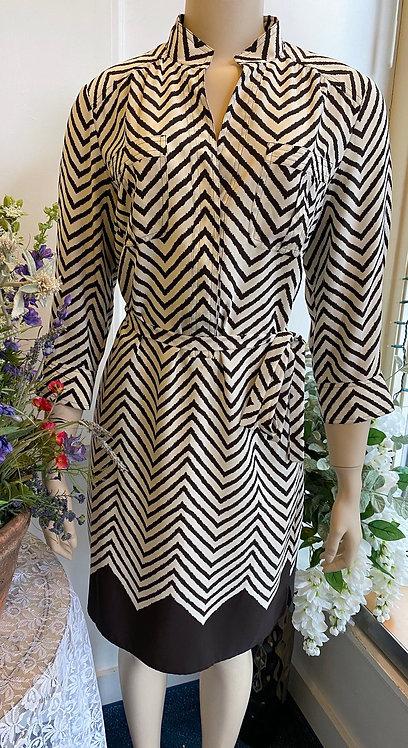 Donna Morgan Ivory & Black Chevron Dress - Size 8