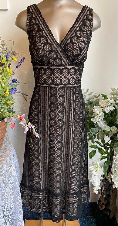 Ann Taylor Loft Black & Tan Lace Dress - Size 4