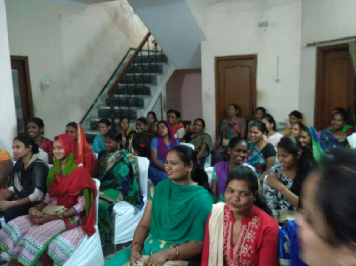 menstrual hygiene workshop nd pad distribution- Ghaziabad (28th Mar) 4