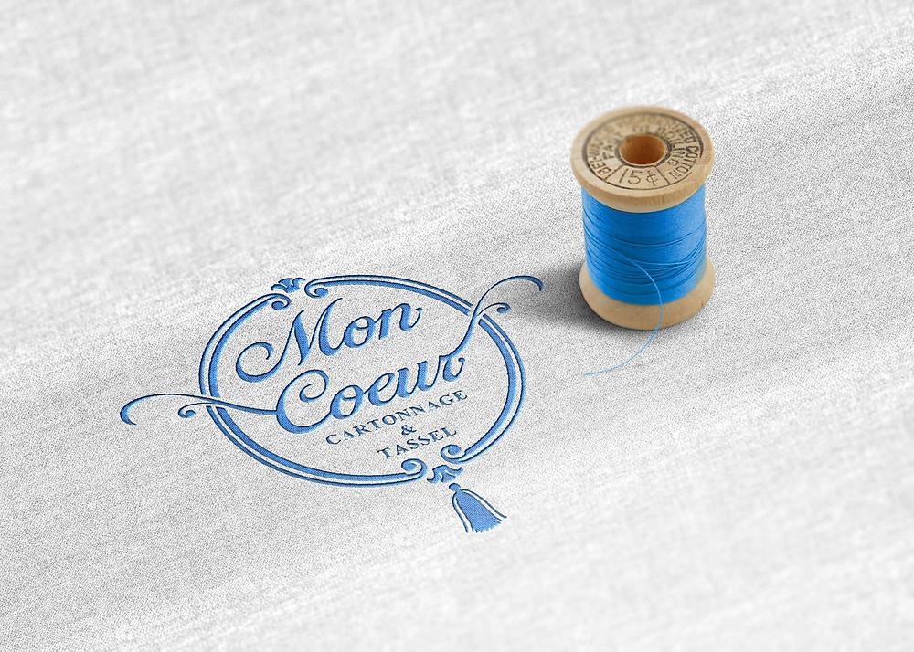 神奈川県のカルトナージュとタッセル教室『Mon Coeur -モンクール-』さまのロゴをデザインさせていただきました
