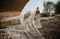 Novia bajo el puente