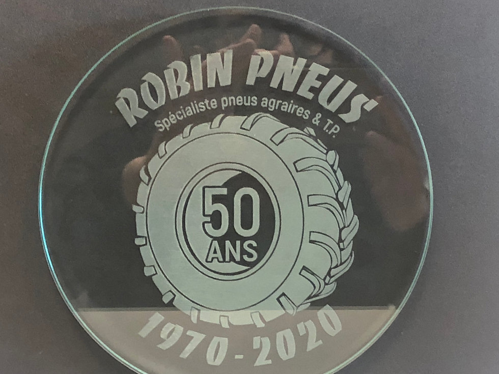 PHOTO TROPHEE 50 ANS.jpg