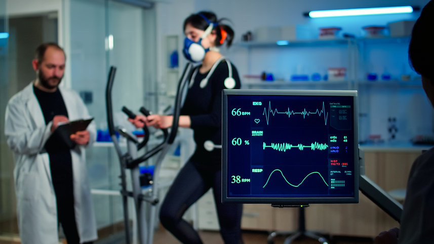 specialist-sport-researcher-monitoring-heart-rate-athlete-while-woman-with-mask-running-cr