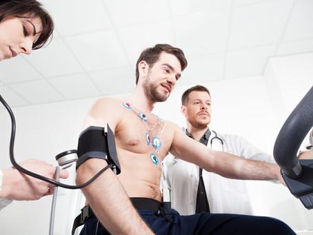 Gerenciar os problemas cardíacos com exercícios físicos e outras medidas.