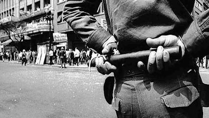 O que resta da ditadura militar no Brasil? O passado ainda insiste em permanecer