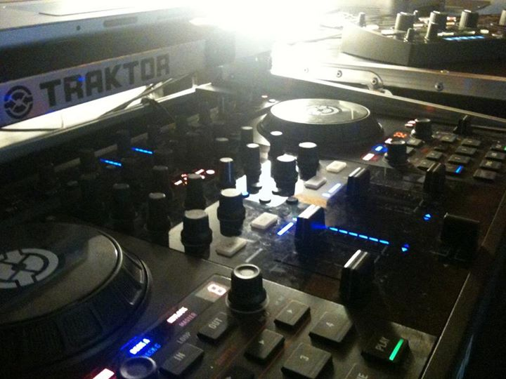 Back in studio 4 dj Set_Preparing Live Dj set Sat _ MI_Private Event
