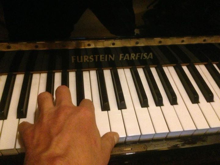 Xmas Piano Sonata for the family.