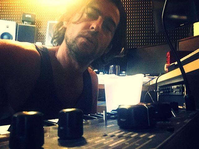 Sunday in studio 🎶💥Last week approaching.
