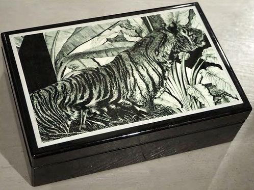 Scatola con motivo Tigre in Legno Laccato Nero
