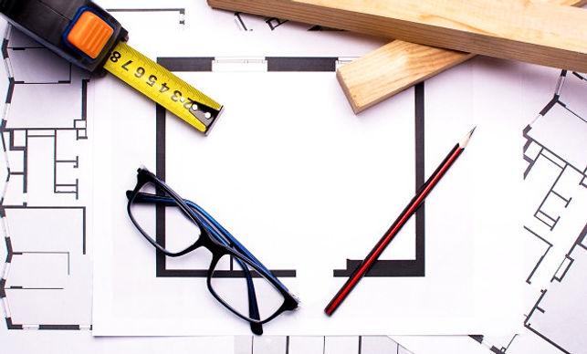 luogo-di-lavoro-di-architetti-con-strume