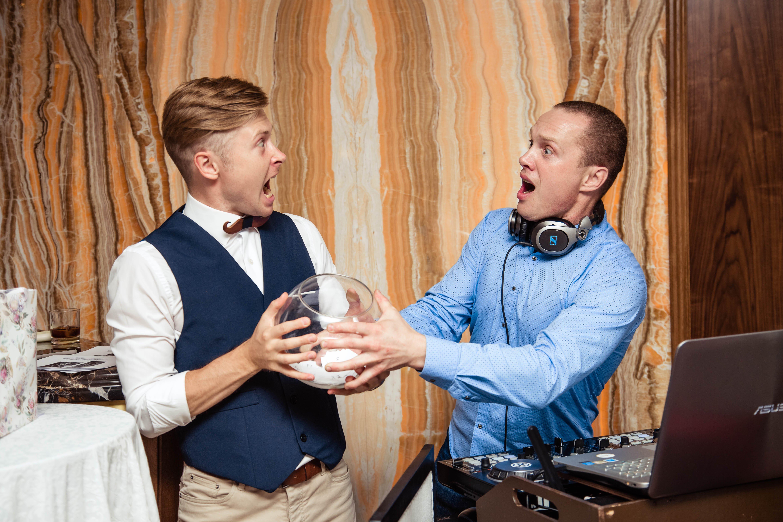 Ведущий и диджей на свадьбу в Москве
