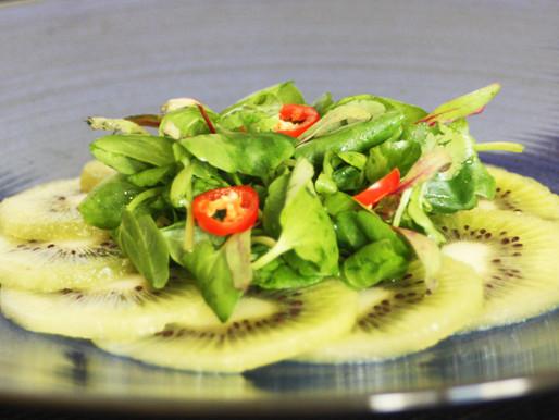 Salada de Folhas e Fruta Cítrica