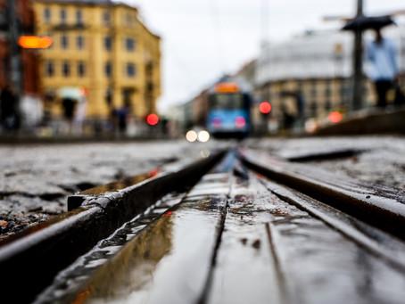 Fotovandring i Oslos regntunge gater