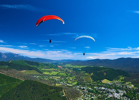 paragliding-bright-summer-16_9.jpg