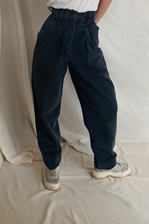 Vintage High Waisted Slouchy Jeans
