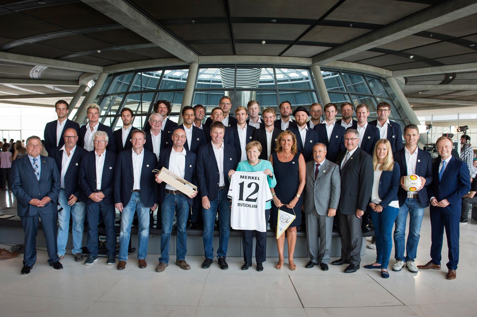 BERLIN-A. MERKEL 2017 (63 von 197).jpg