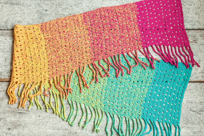 Katia Spring Rainbowで編んだショール#69
