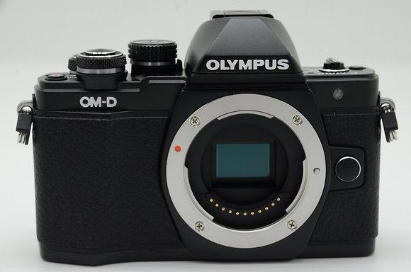 OLYMPUS E-M10 markII ブラック BODY ID 2b0741078