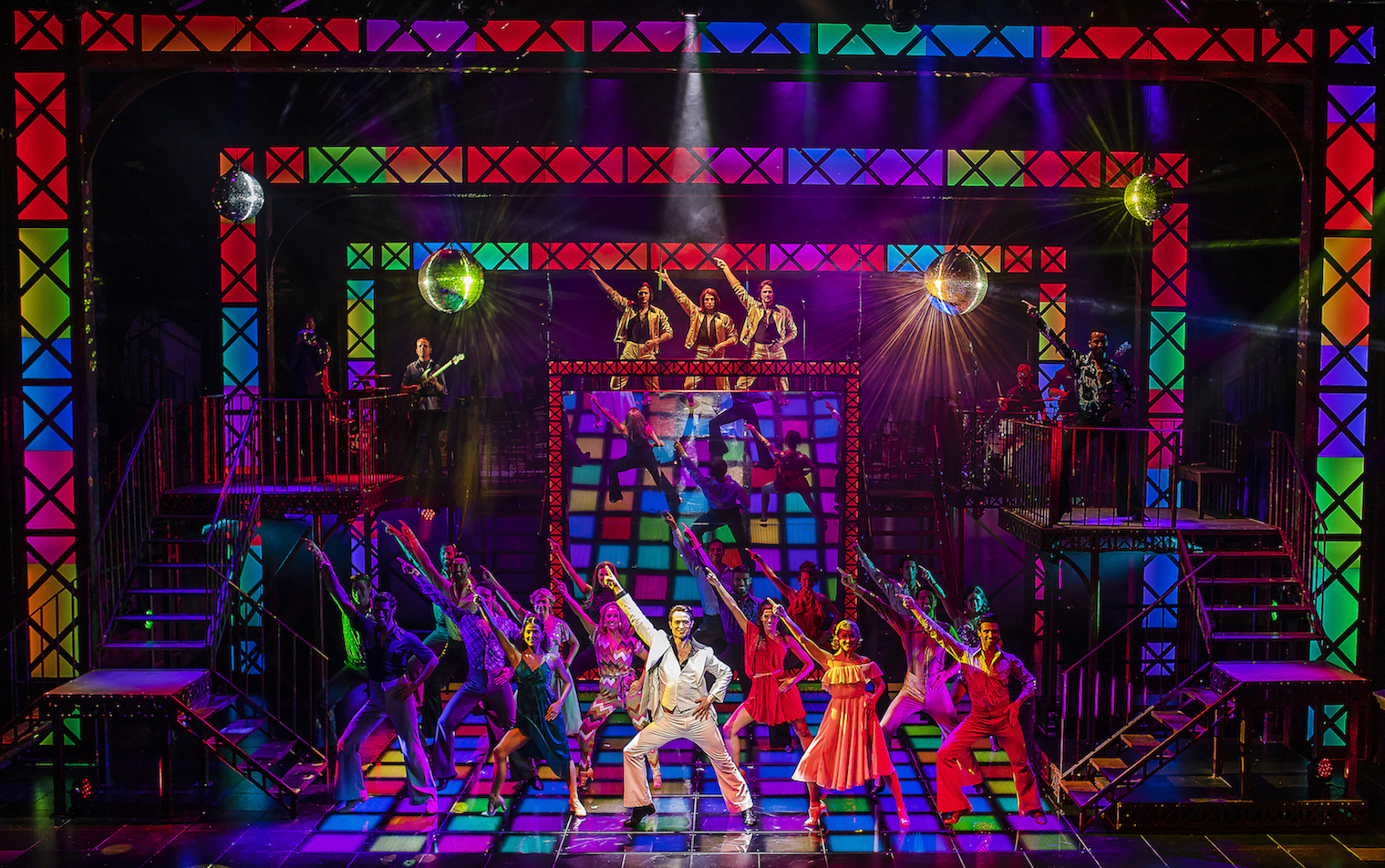 The Cast of  Saturday Night Fever - UK T