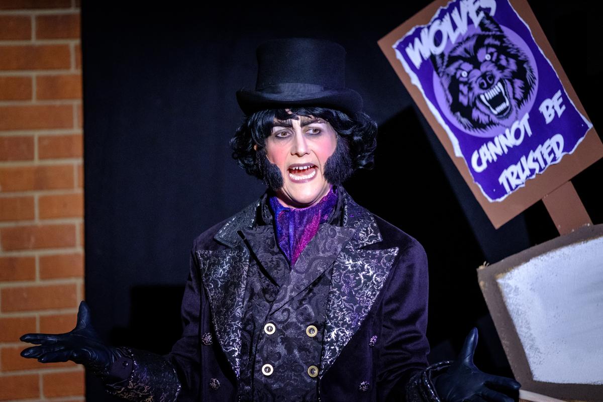 Kerry Frampton as Victor von Crepe in Re