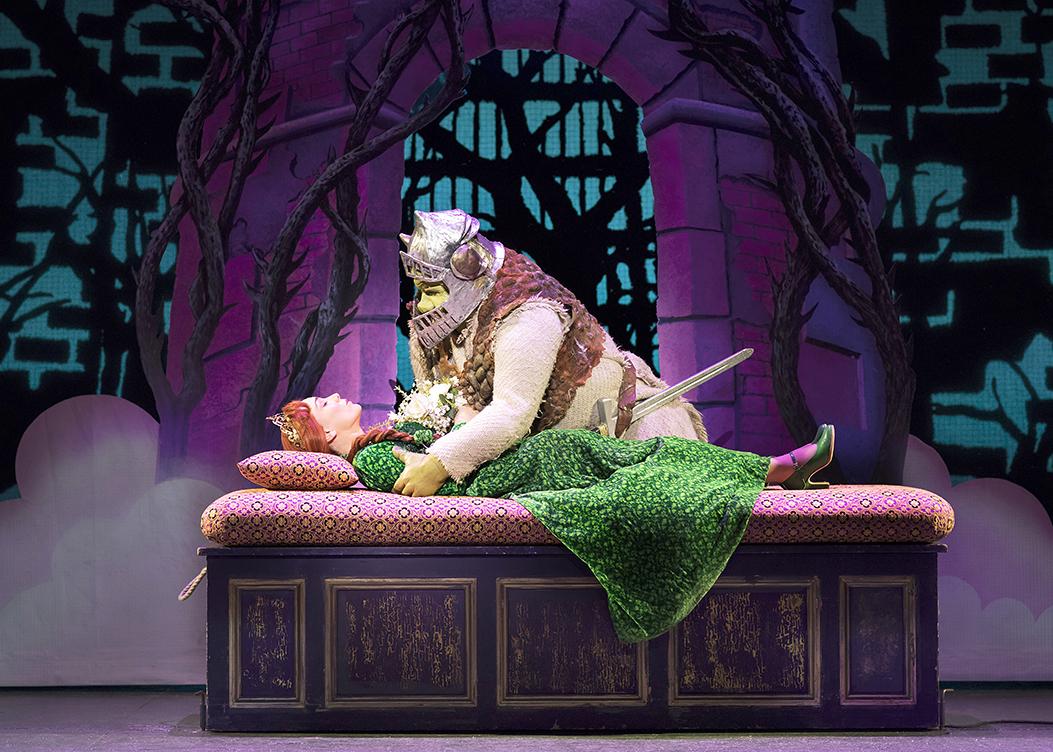 Laura Main as Princess Fiona and Steffan