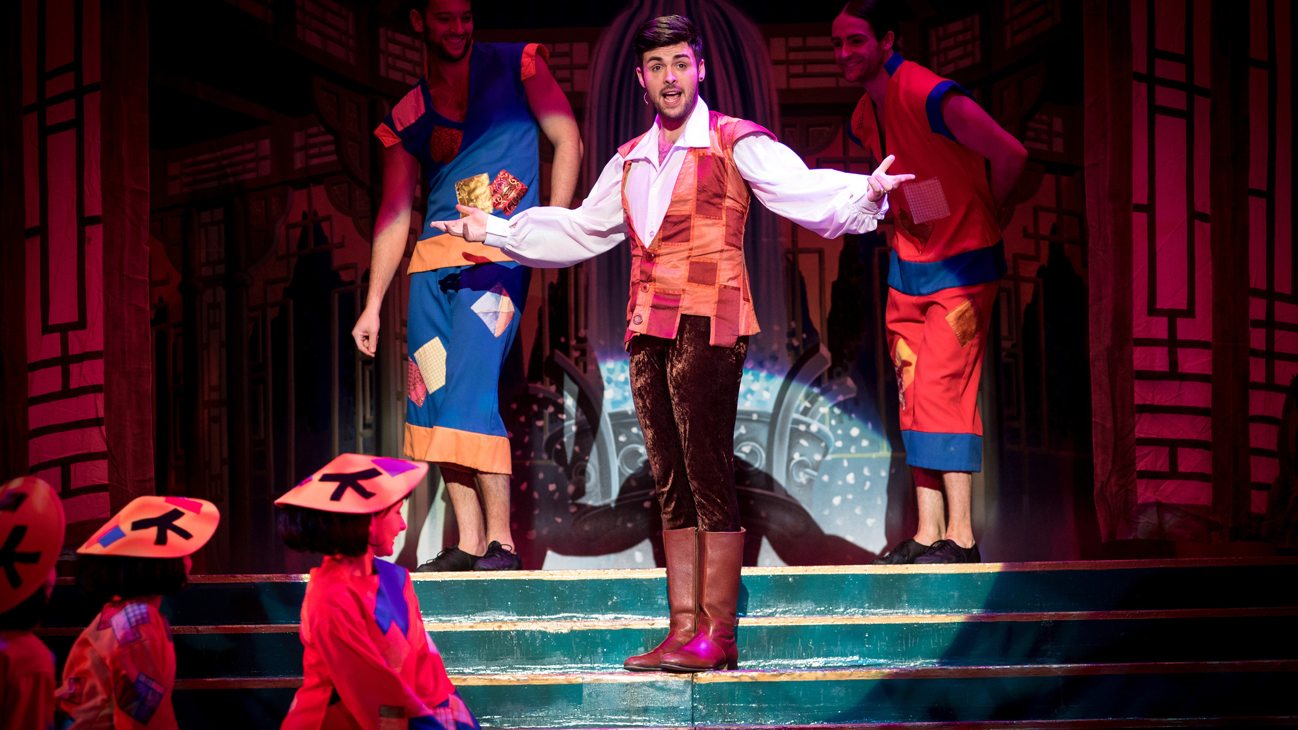 Aladdin - Jaymi Hensley - photo by Graeme Braidwood