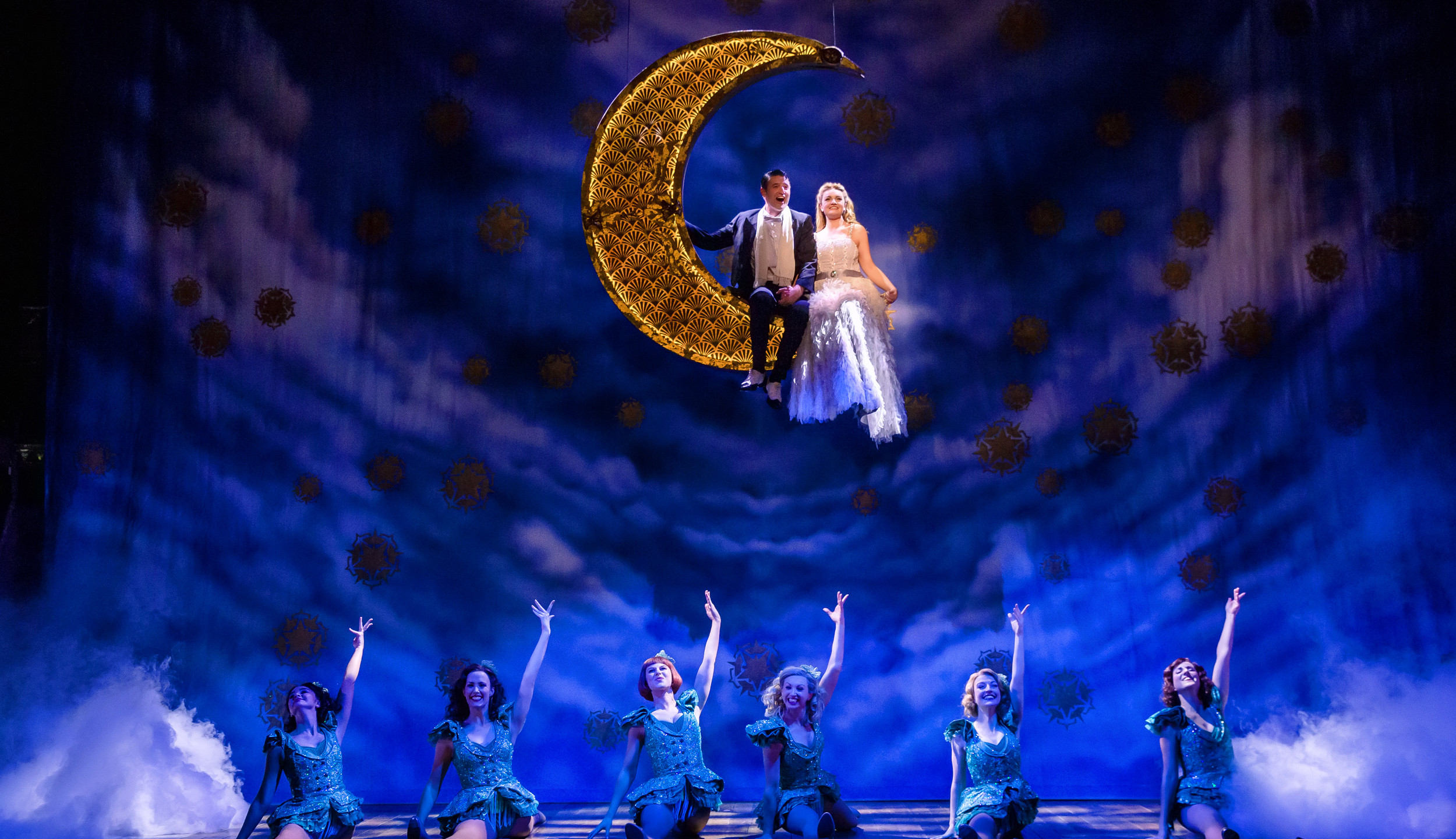 18. CRAZY FOR YOU. Tom Chambers 'Bobby' and Charlotte Wakefield 'Polly' and Company. Photo Richard Davenport.