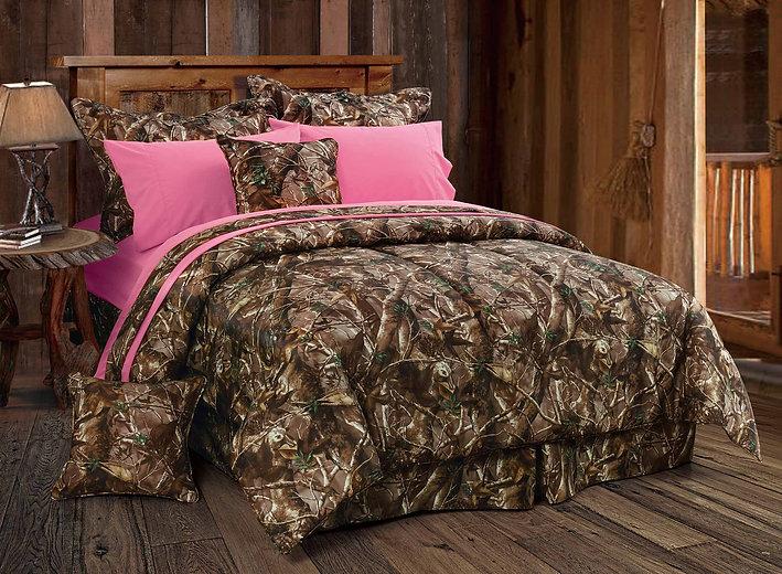 CM1001 Bedding with Pink.jpg
