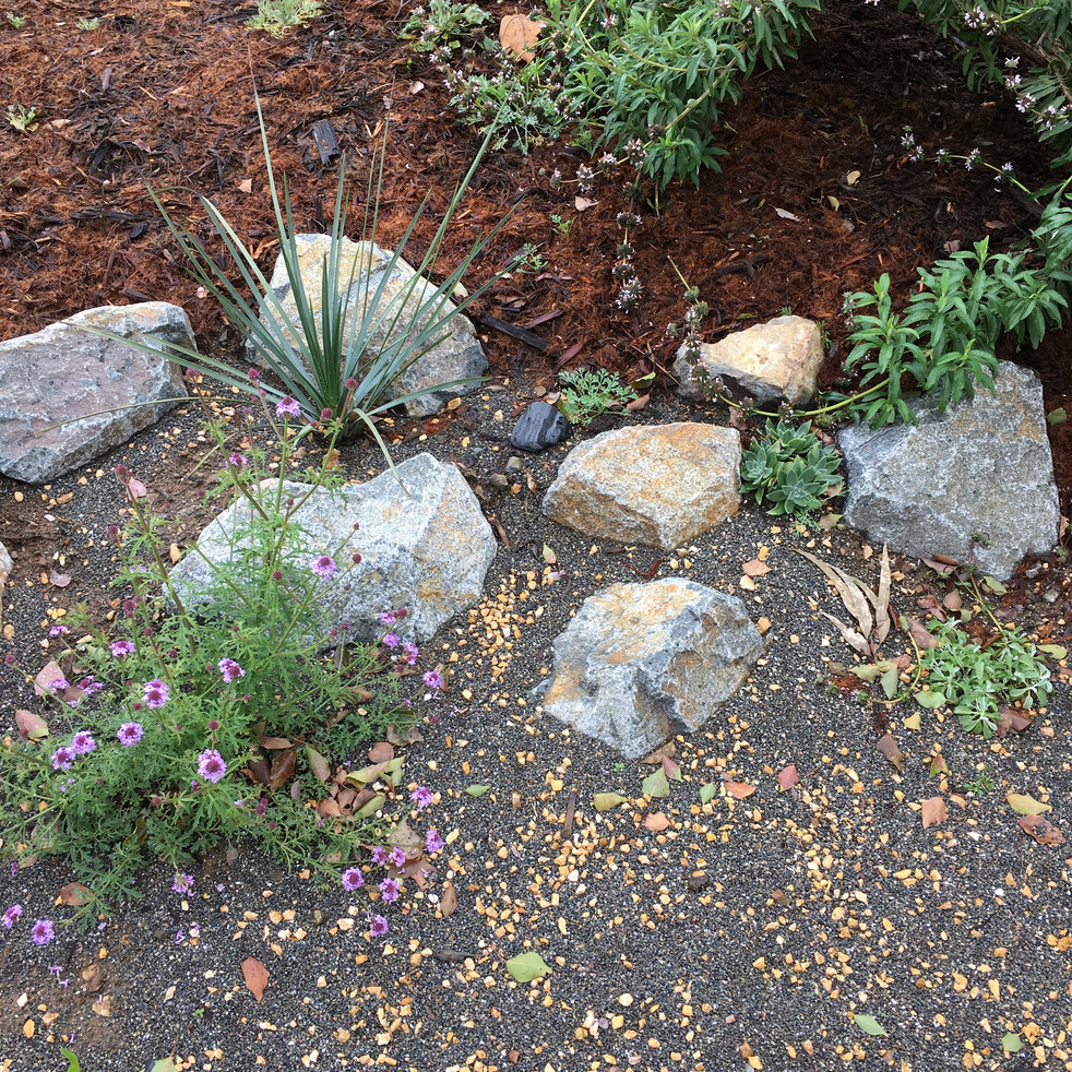 Neatly Natural boulder wall