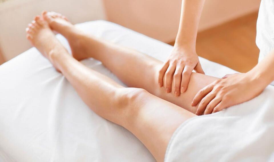 60 Minutes Massage and Foot Scrub