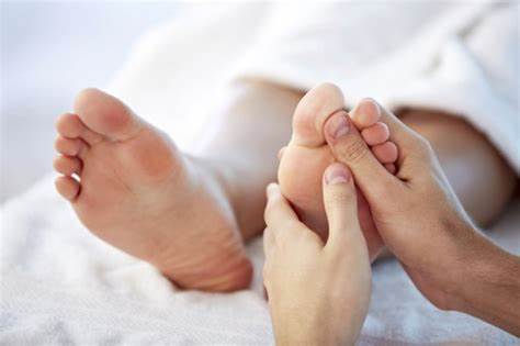 60 Minutes Foot Massage and Scrub