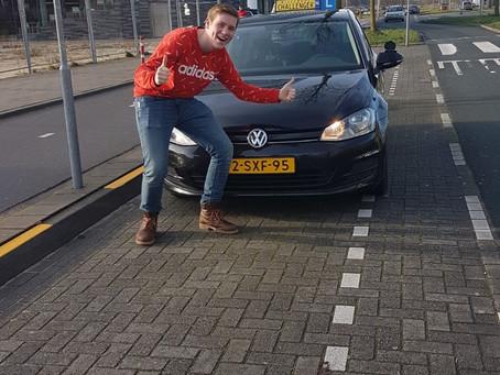 Thomas sluit 2019 af met zijn rijbewijs