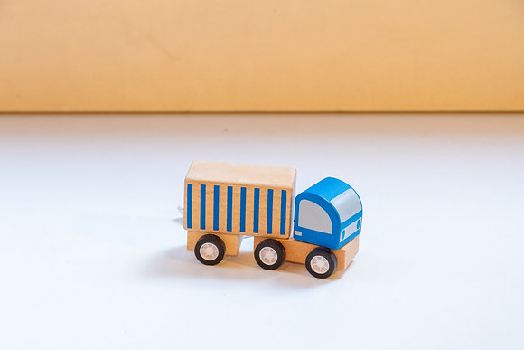 Camionete de Madeira Azul