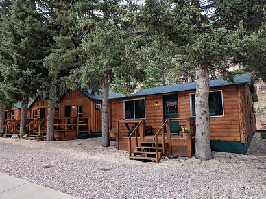 Trails End Cabins.png