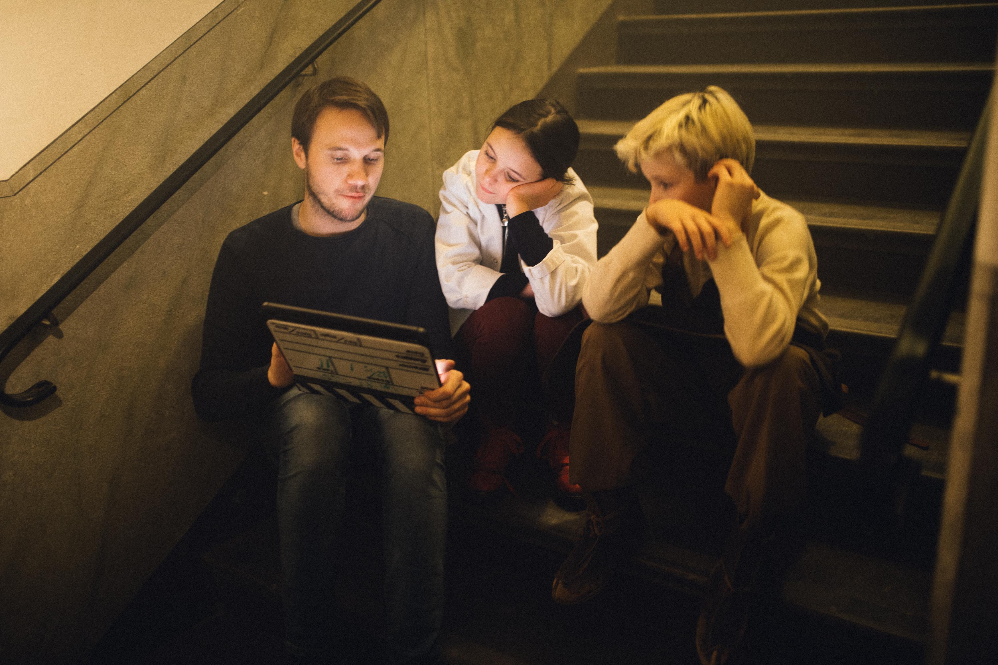 Directing the young actors in Pantresan season 4.