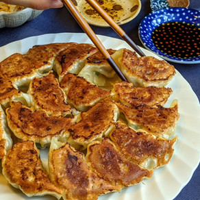 JAPANESE PAN-FRIED GYOZA/ 焼き餃子