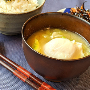EGG AND CABBAGE MISO SOUP