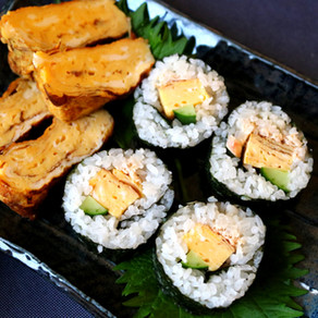 SUSHI ROLL WITH TUNA MAYO & TAMAGO