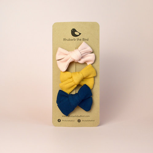 Bow hair clips