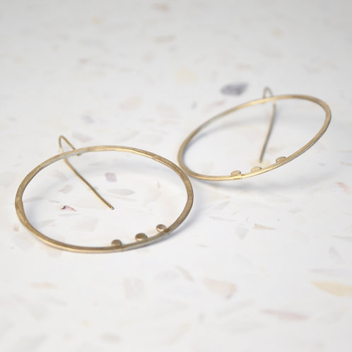 Three dot circle earrings