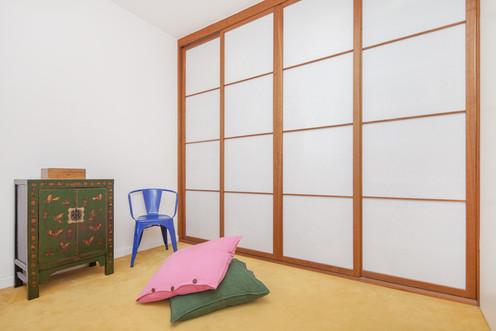 Japanischer Shoji Kleiderschrank Kirschbaum